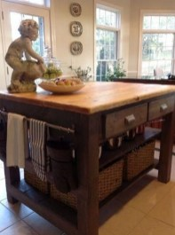Awesome Rustic Kitchen Island Design Ideas 19