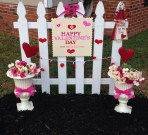Awesome Valentine Outdoor Decorations 13