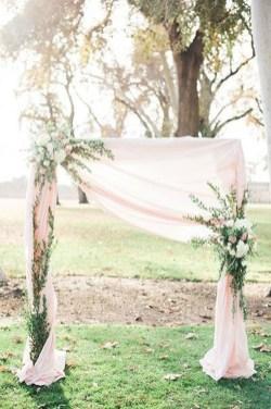 Beautiful Backyard Wedding Decor Ideas To Get A Romantic Impression 24