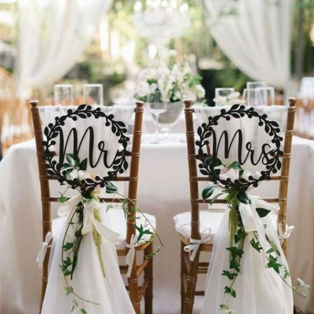 Beautiful Backyard Wedding Decor Ideas To Get A Romantic Impression 47