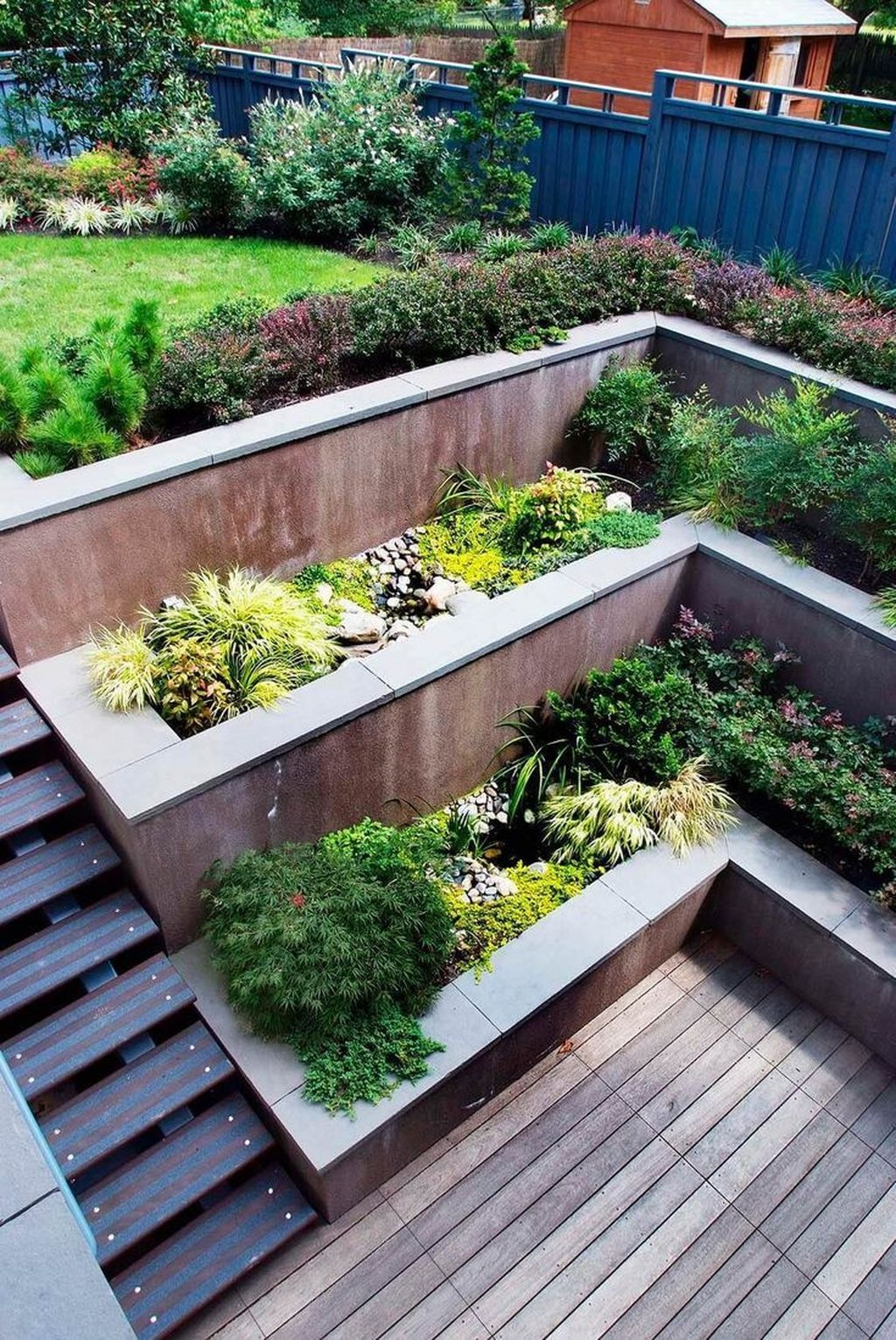 Beautiful Modern Backyard Landscaping Design Ideas 11