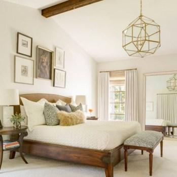 Beautiful Modern Farmhouse Master Bedroom Decoration Ideas 35
