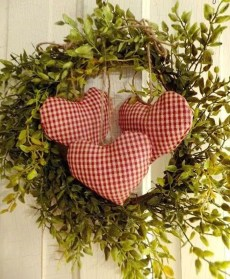 Cute Farmhouse Style Valentine Decorations 05