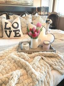 Cute Farmhouse Style Valentine Decorations 23