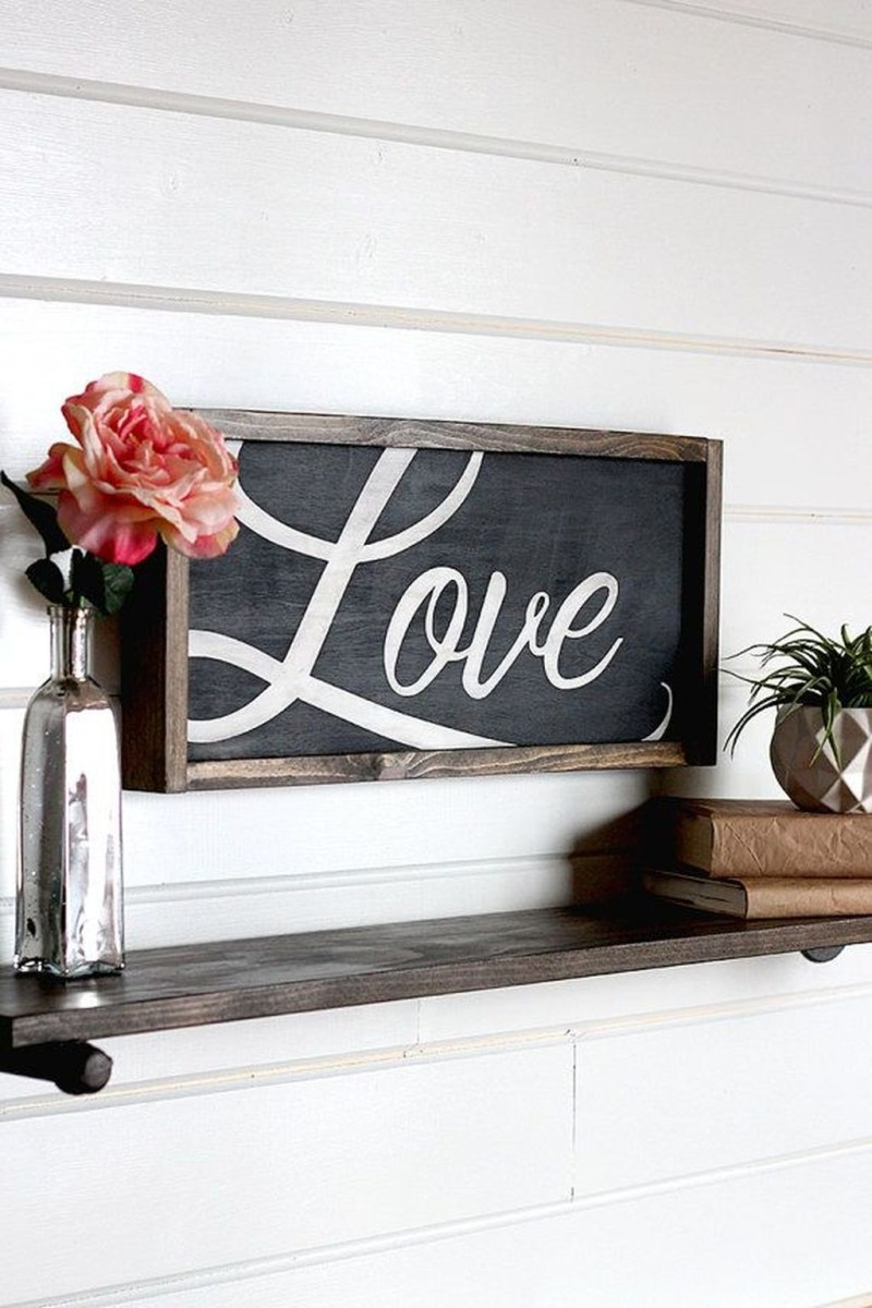 Cute Farmhouse Style Valentine Decorations 25
