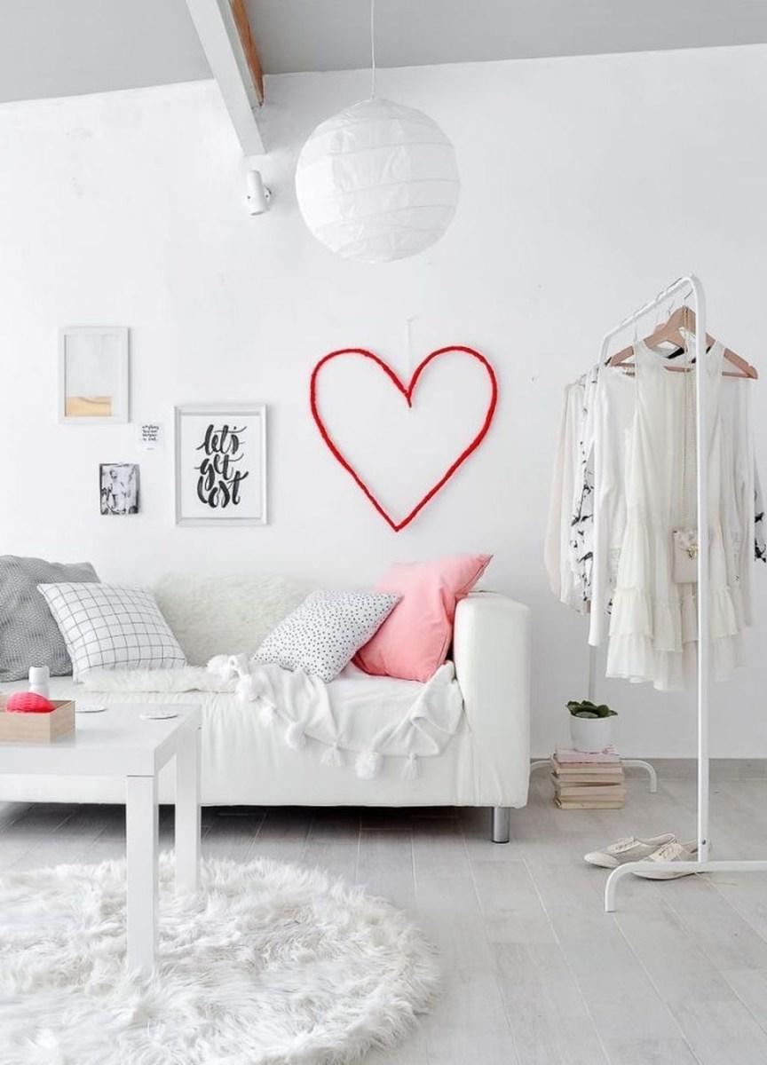Cute Valentine Wall Art Design Ideas 38