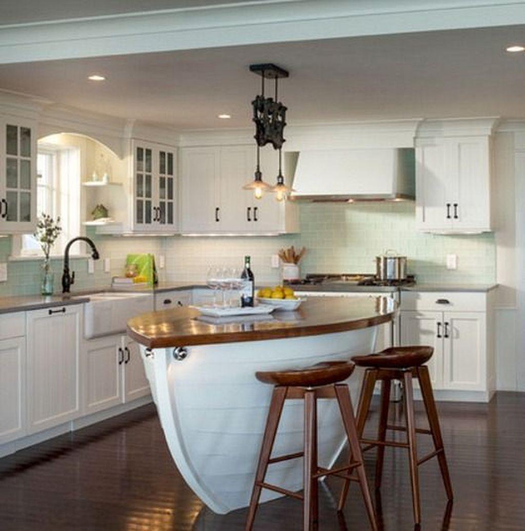 Gorgeous Coastal Kitchen Design Ideas 01