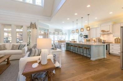 Gorgeous Coastal Kitchen Design Ideas 27