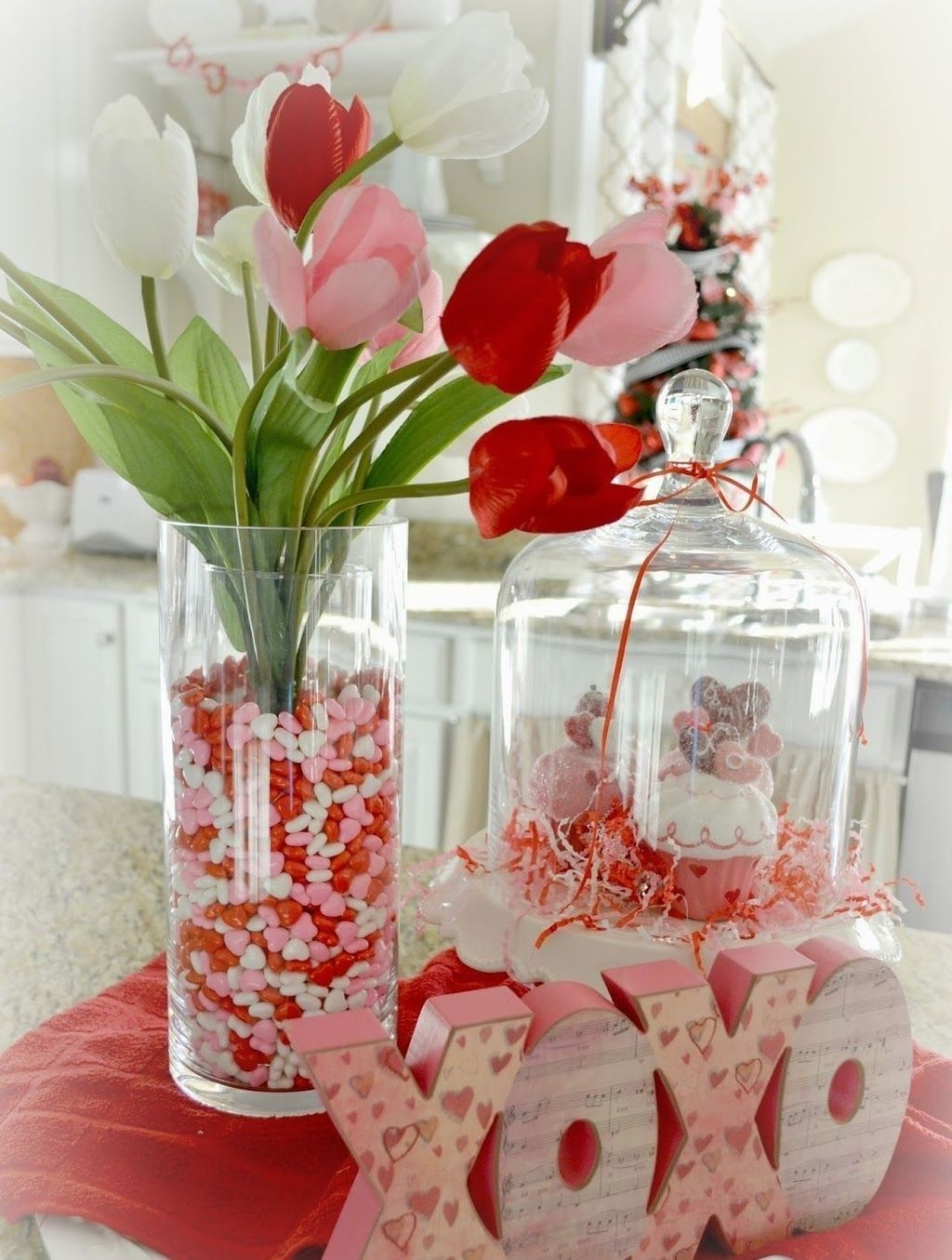 Lovely Valentine Home Decor Ideas For Couples 01