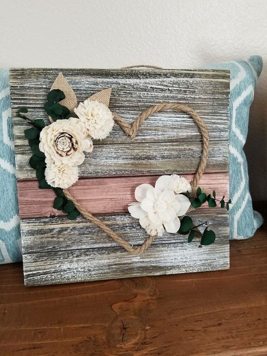 Lovely Valentine Home Decor Ideas For Couples 12