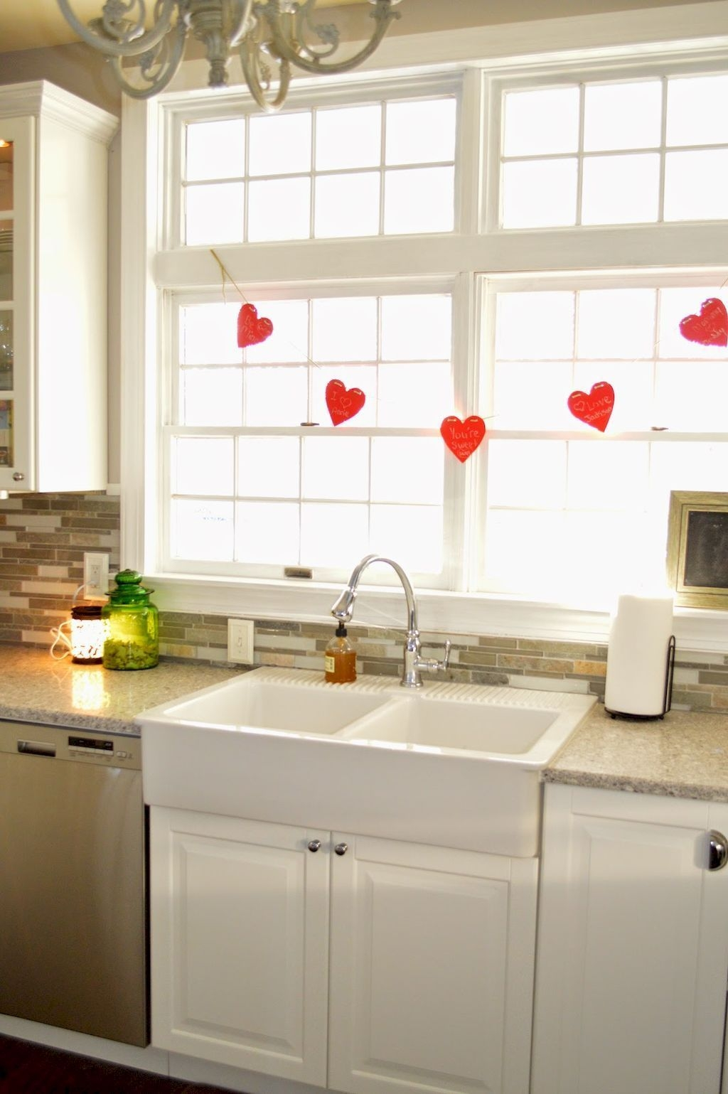 Lovely Valentine Home Decor Ideas For Couples 40
