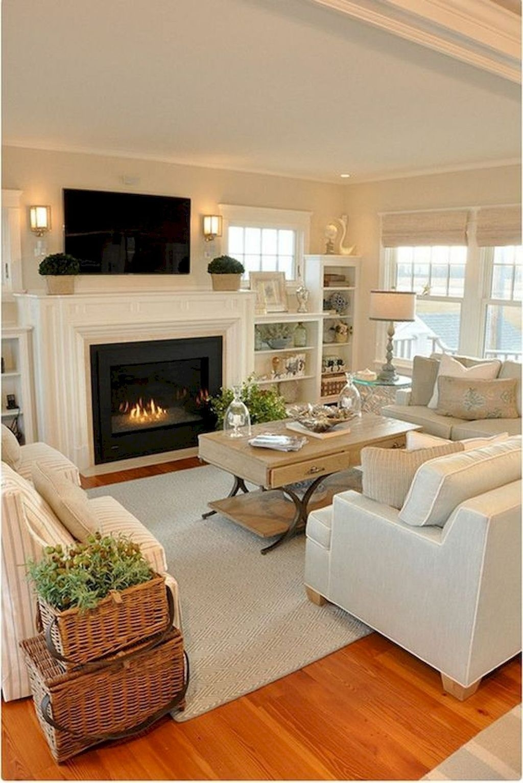 Popular Comfortable Living Room Design Ideas 19