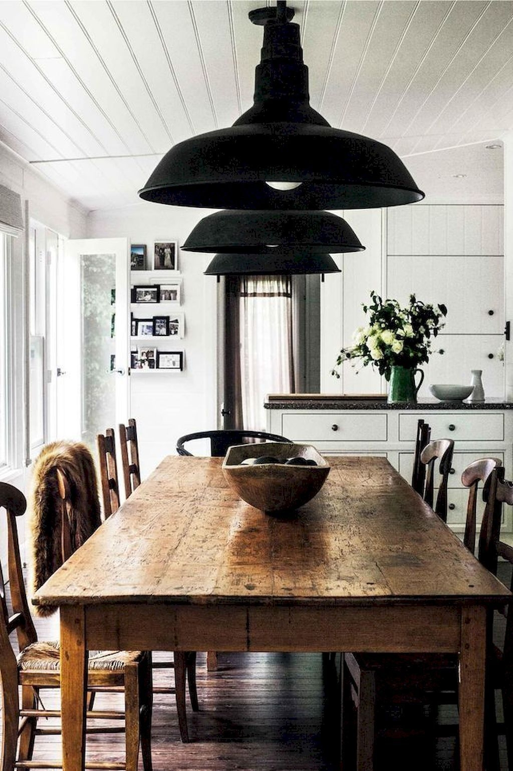 Popular Farmhouse Dining Room Design Ideas Trend 2019 40