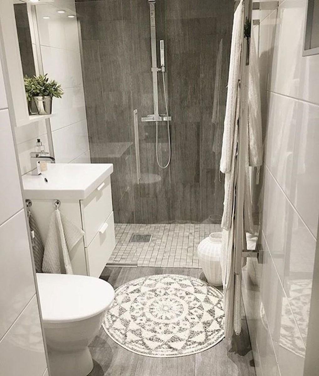 Popular Small Bathroom Remodel Ideas 17