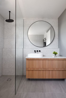 Stunning Bathroom Mirror Decor Ideas 25