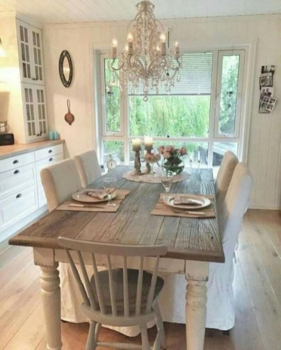 Stunning Farmhouse Dining Room Decoration Ideas 22