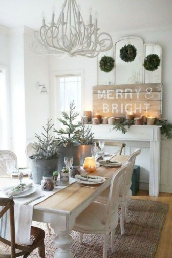 Stunning Farmhouse Dining Room Decoration Ideas 23