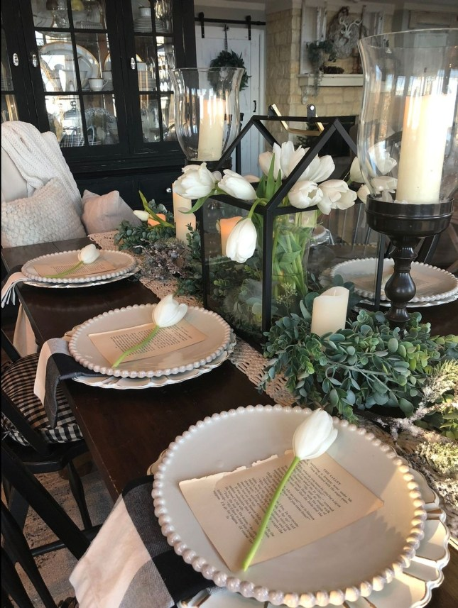 Stunning Farmhouse Dining Room Decoration Ideas 43