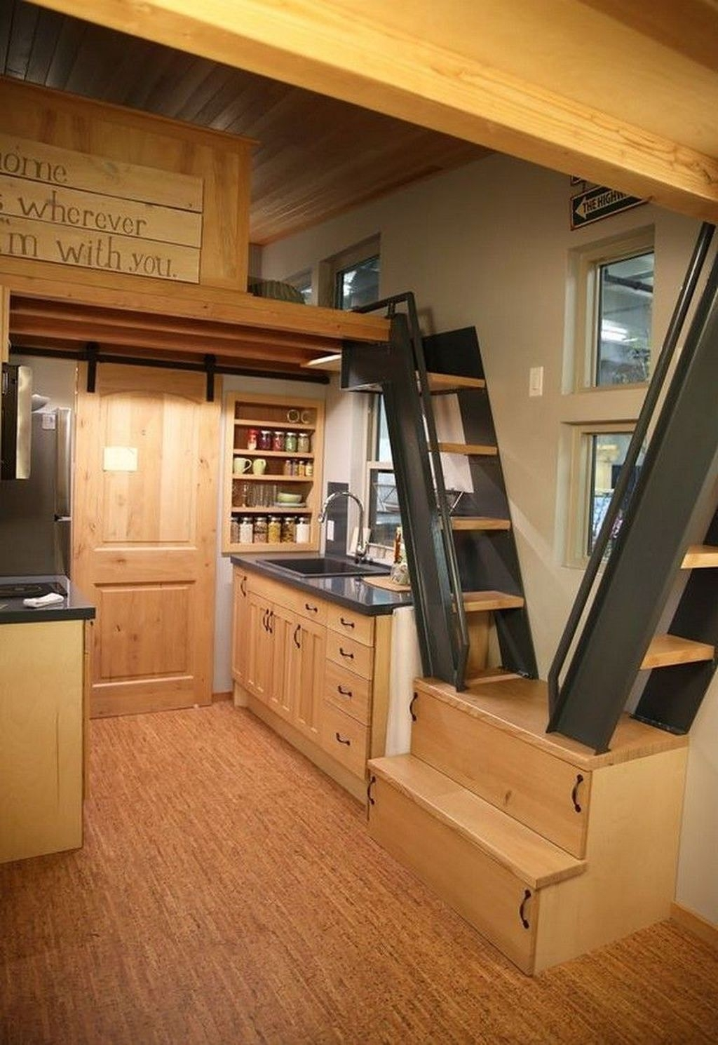 Stunning Tiny House Design Ideas 22