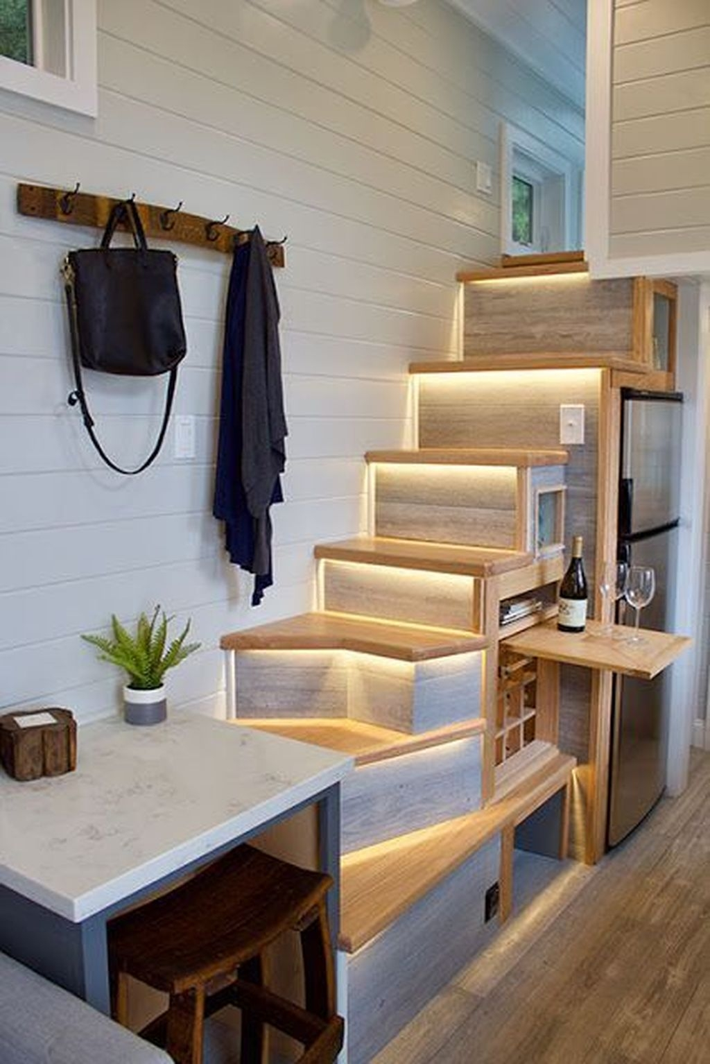 Stunning Tiny House Design Ideas 28