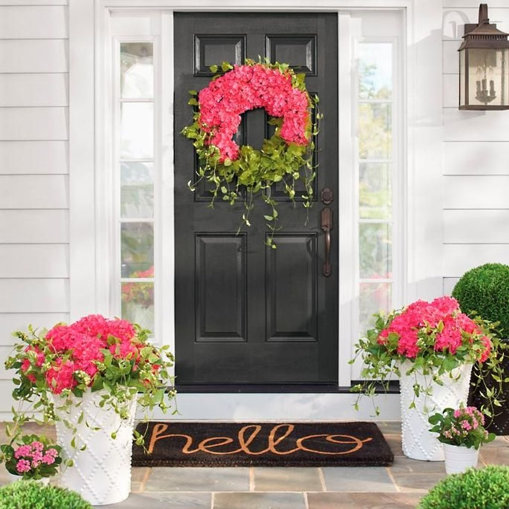 Stunning Valentines Day Front Porch Decor Ideas 11
