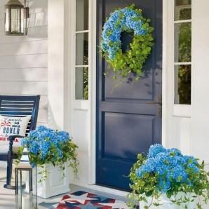 Stunning Valentines Day Front Porch Decor Ideas 14