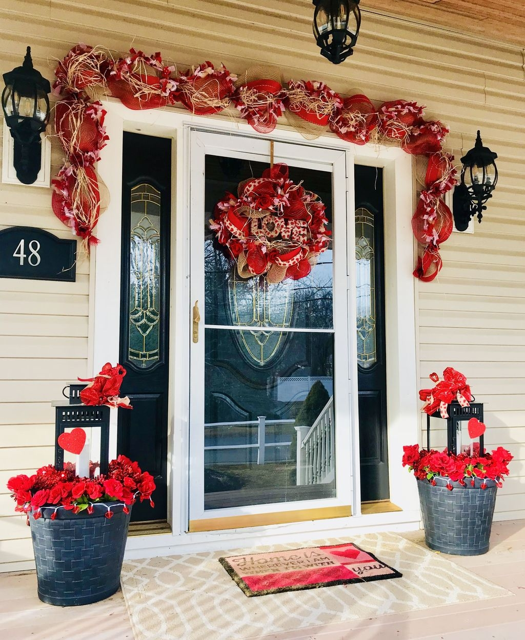Stunning Valentines Day Front Porch Decor Ideas 38