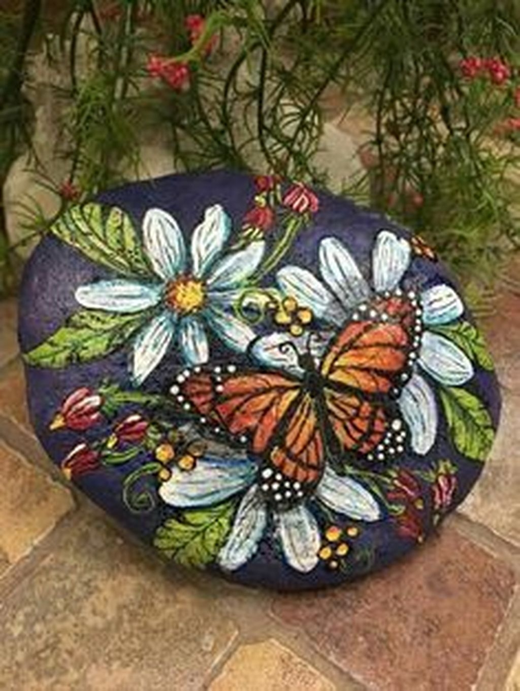 Sweet Rock Painting Design Ideas For Your Home Decor 26
