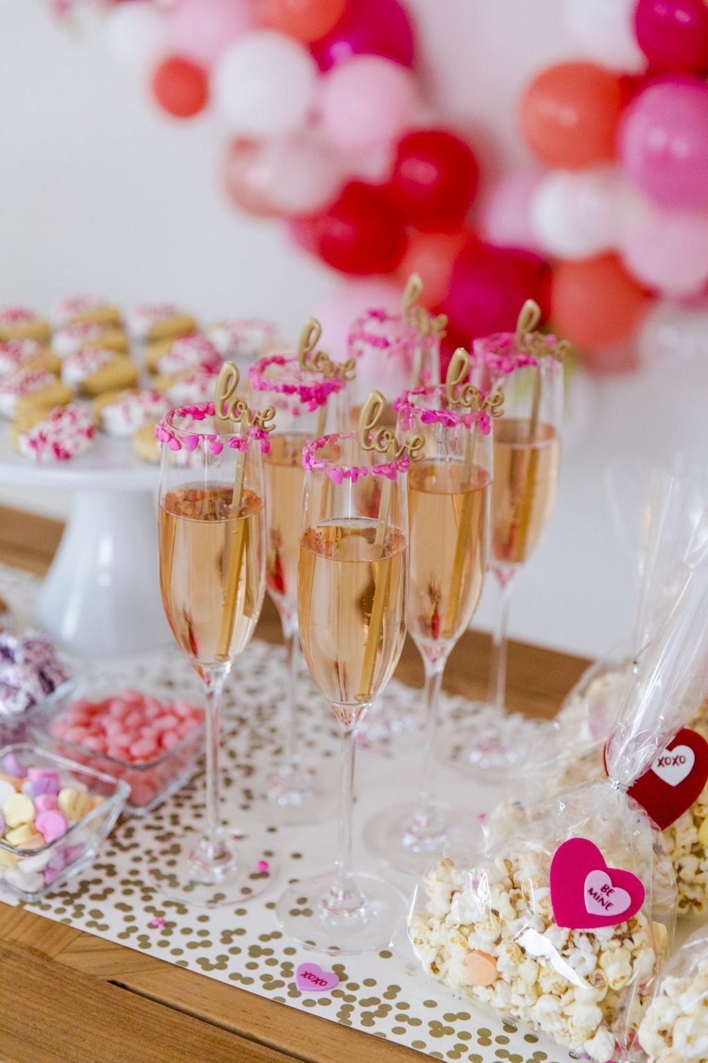 The Best Valentines Day Party Decor 14