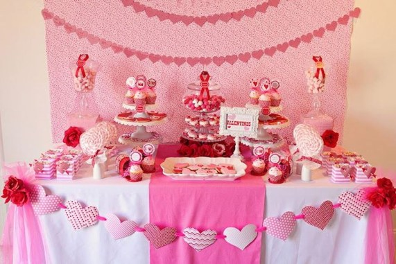 The Best Valentines Day Party Decor 23