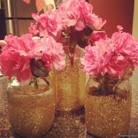 The Best Valentines Day Party Decor 36