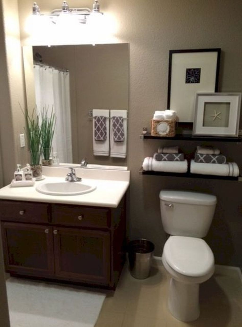 Totally Adorable Small Bathroom Decor Ideas 04