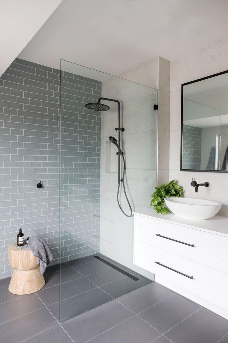 Totally Adorable Small Bathroom Decor Ideas 43