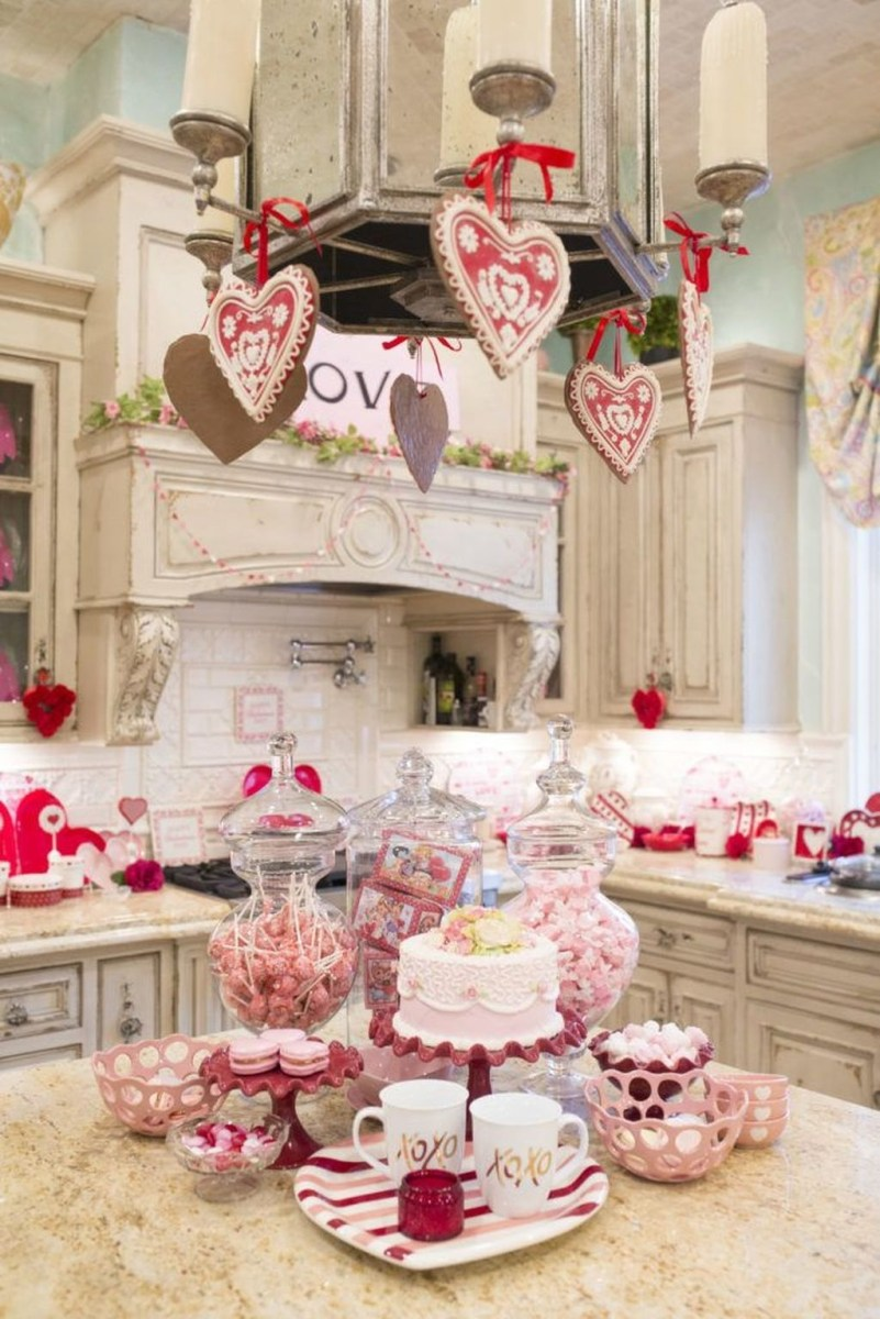 Totally Adorable Valentine Kitchen Decor Ideas 03