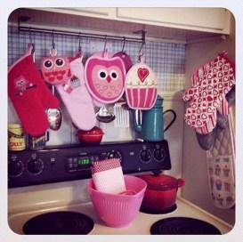 Totally Adorable Valentine Kitchen Decor Ideas 05