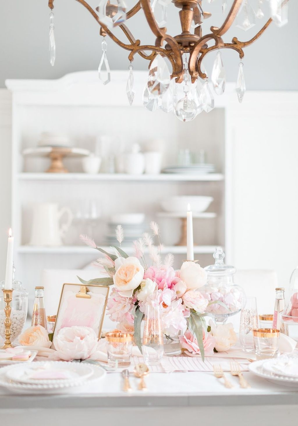 Totally Adorable Valentine Kitchen Decor Ideas 09
