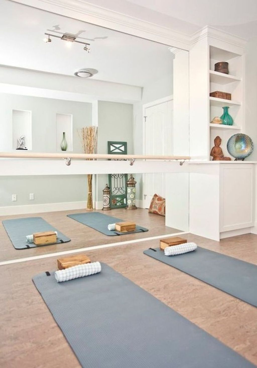Amazing Home Gym Room Design Ideas 06