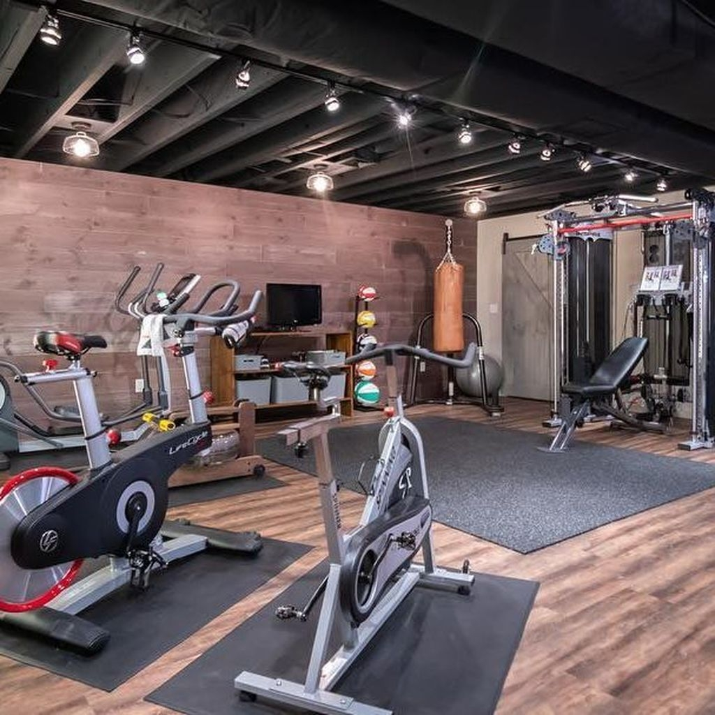 Amazing Home Gym Room Design Ideas 16