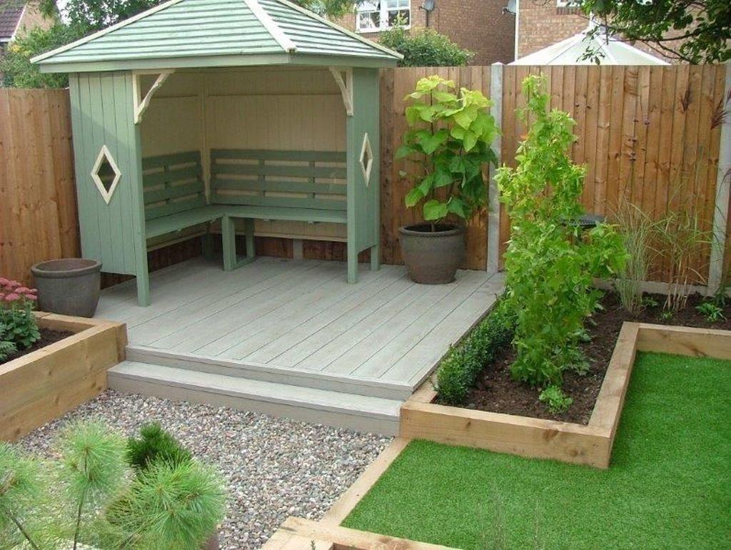Brilliant Small Backyard Design Ideas On A Budget 04