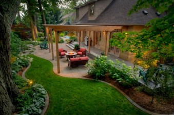 Brilliant Small Backyard Design Ideas On A Budget 32