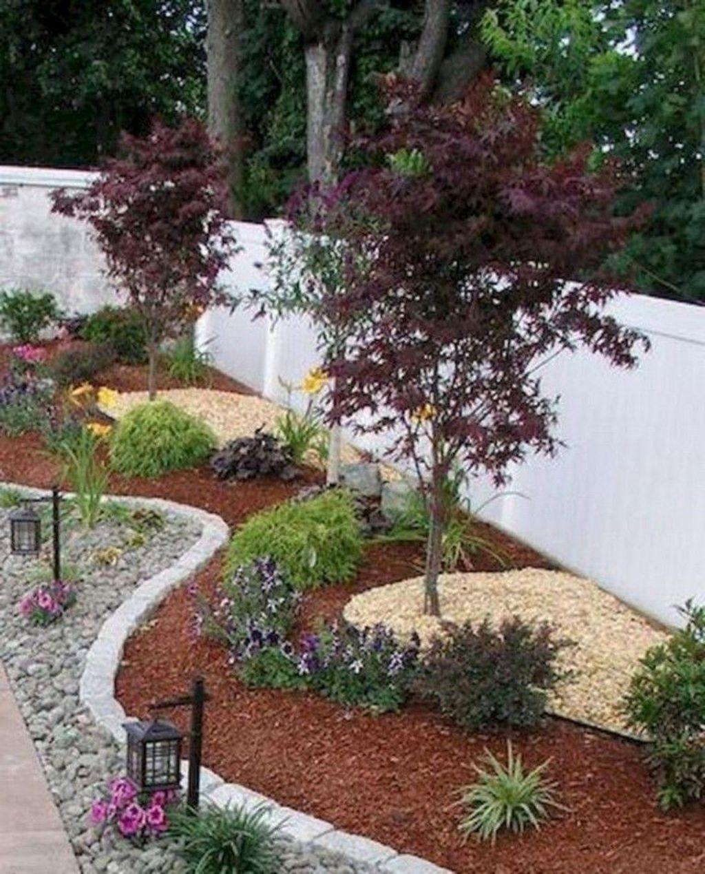 Brilliant Small Backyard Design Ideas On A Budget 37