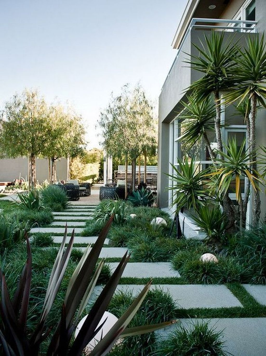 Awesome Modern Garden Architecture Design Ideas 11