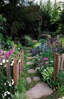 Beautiful Flower Garden Design Ideas 11