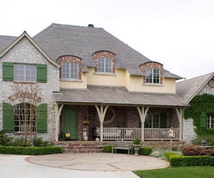 Stylish French Country Exterior For Your Home Design Inspiration 06