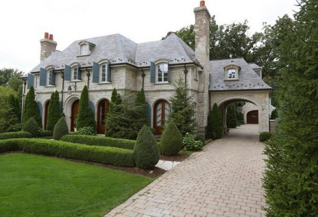 Stylish French Country Exterior For Your Home Design Inspiration 18