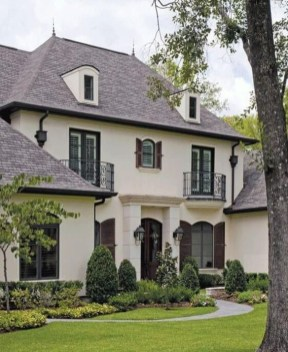 Stylish French Country Exterior For Your Home Design Inspiration 36