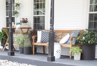 The Best Spring Porch Decoration Ideas 04