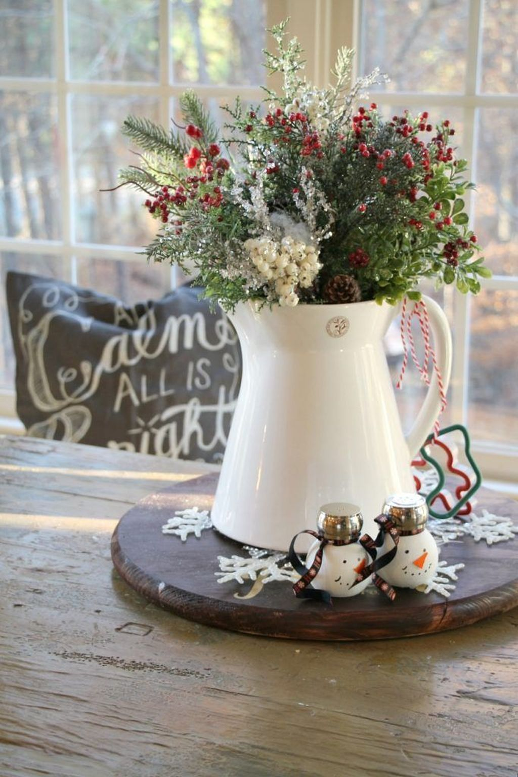 Amazing Christmas Decor For Kitchen Table 05