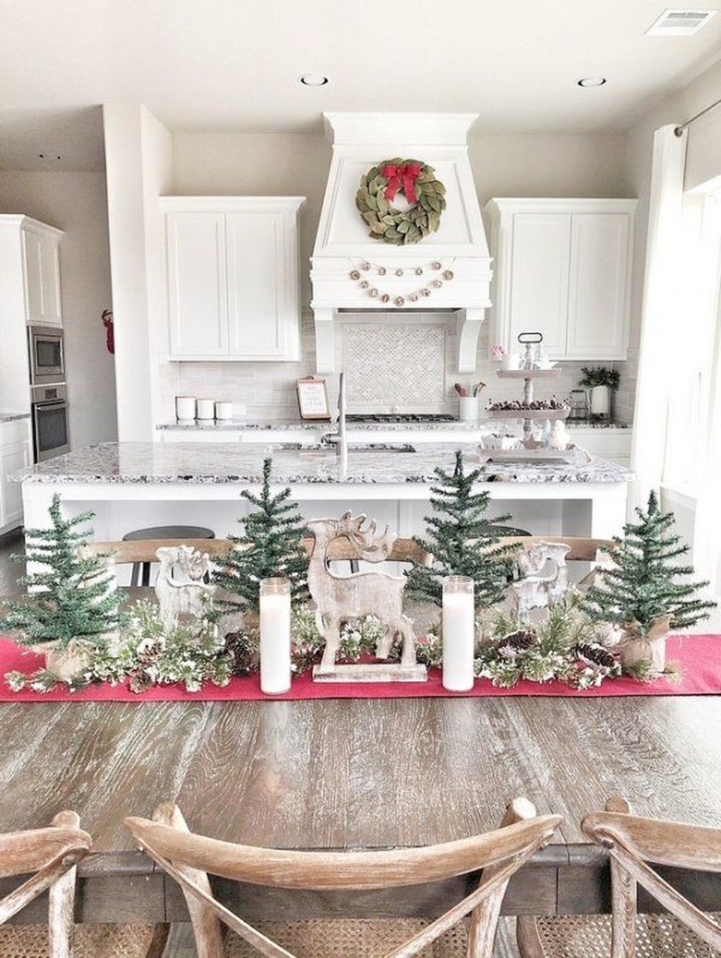 Amazing Christmas Decor For Kitchen Table 42