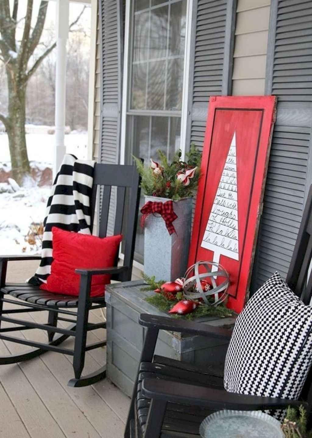 Fabulous Christmas Patio Decor Ideas 15